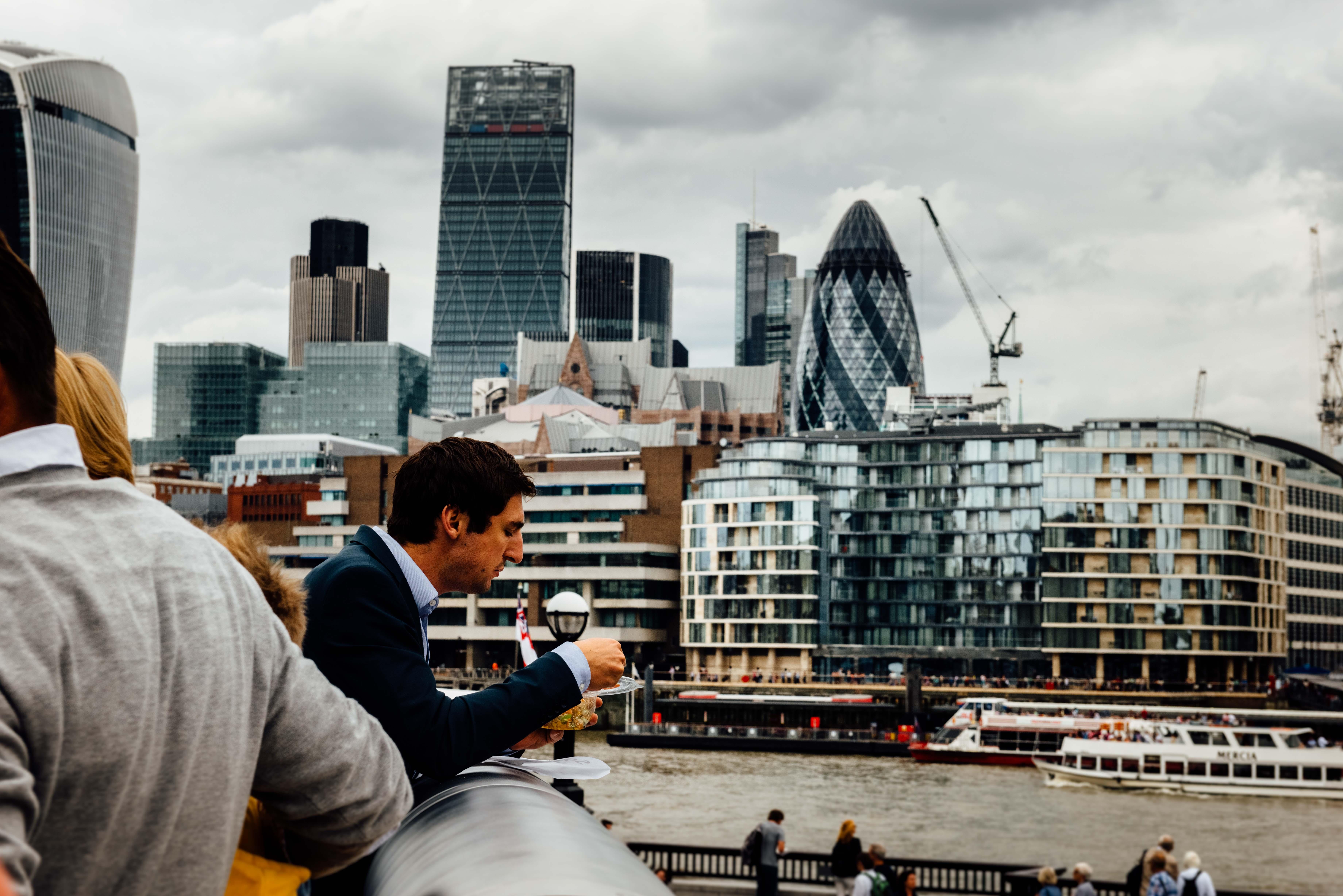 LONDON-185