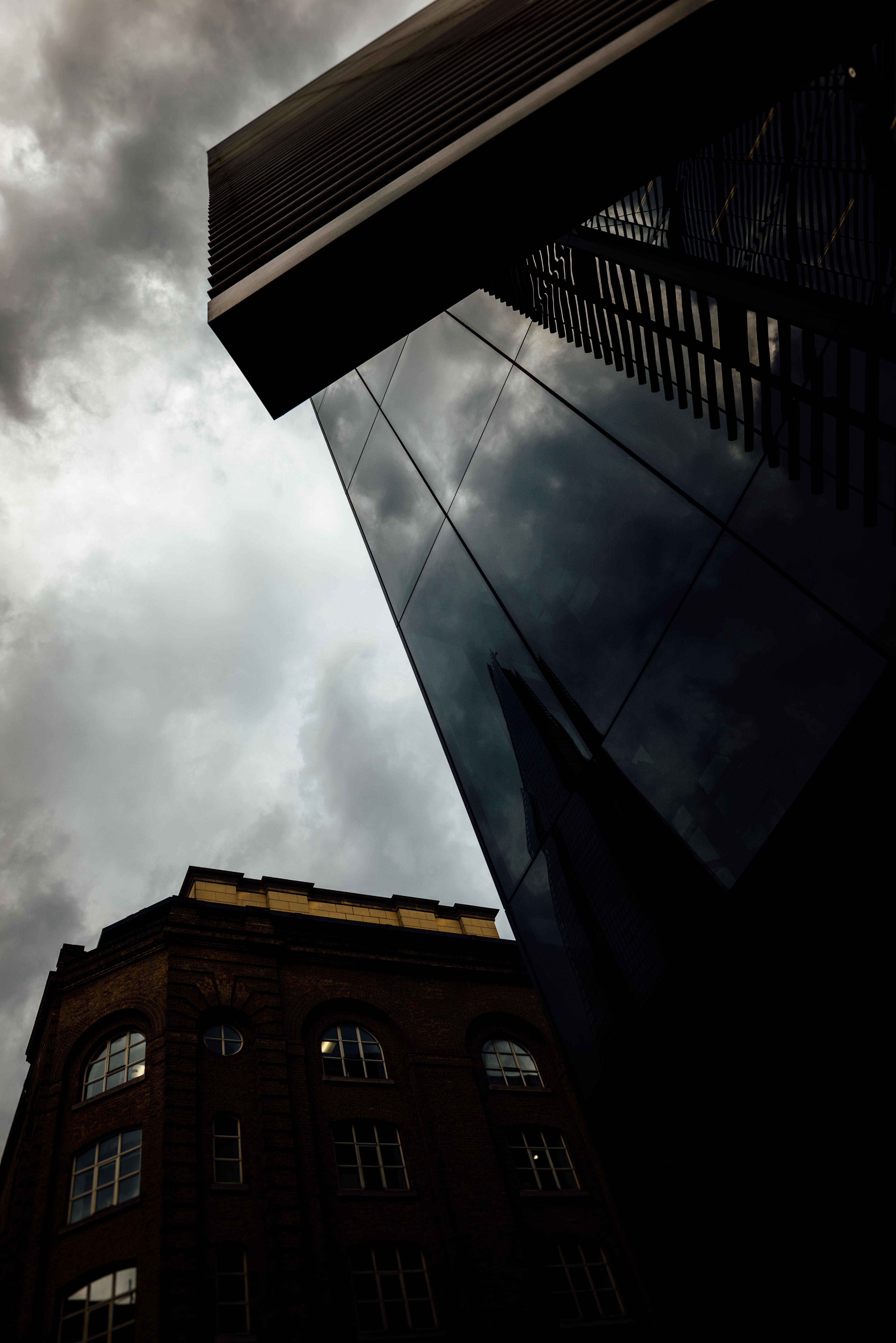 LONDON-253