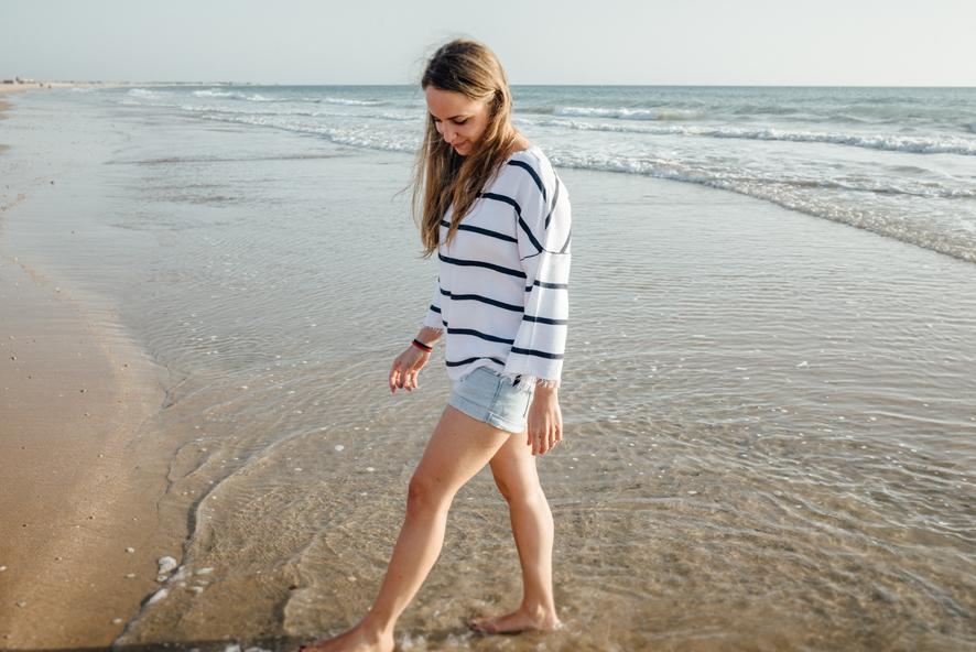 sesion-de-pareja-en-la-playa
